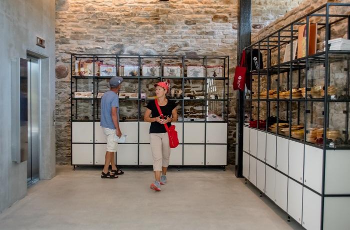 Haapsalu linnuse muuseumi pood