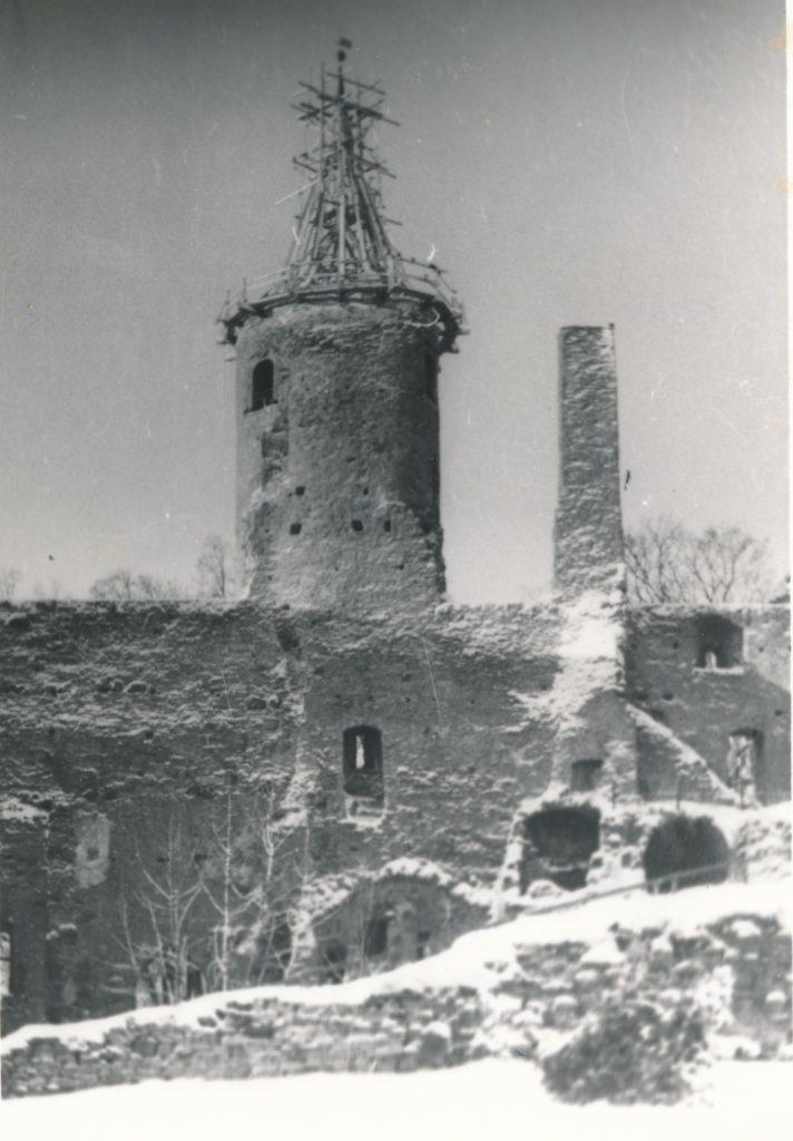 Haapsalu piiskopilinnuse vahitorn